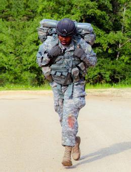 Botas Militares para los héroes de las naciones